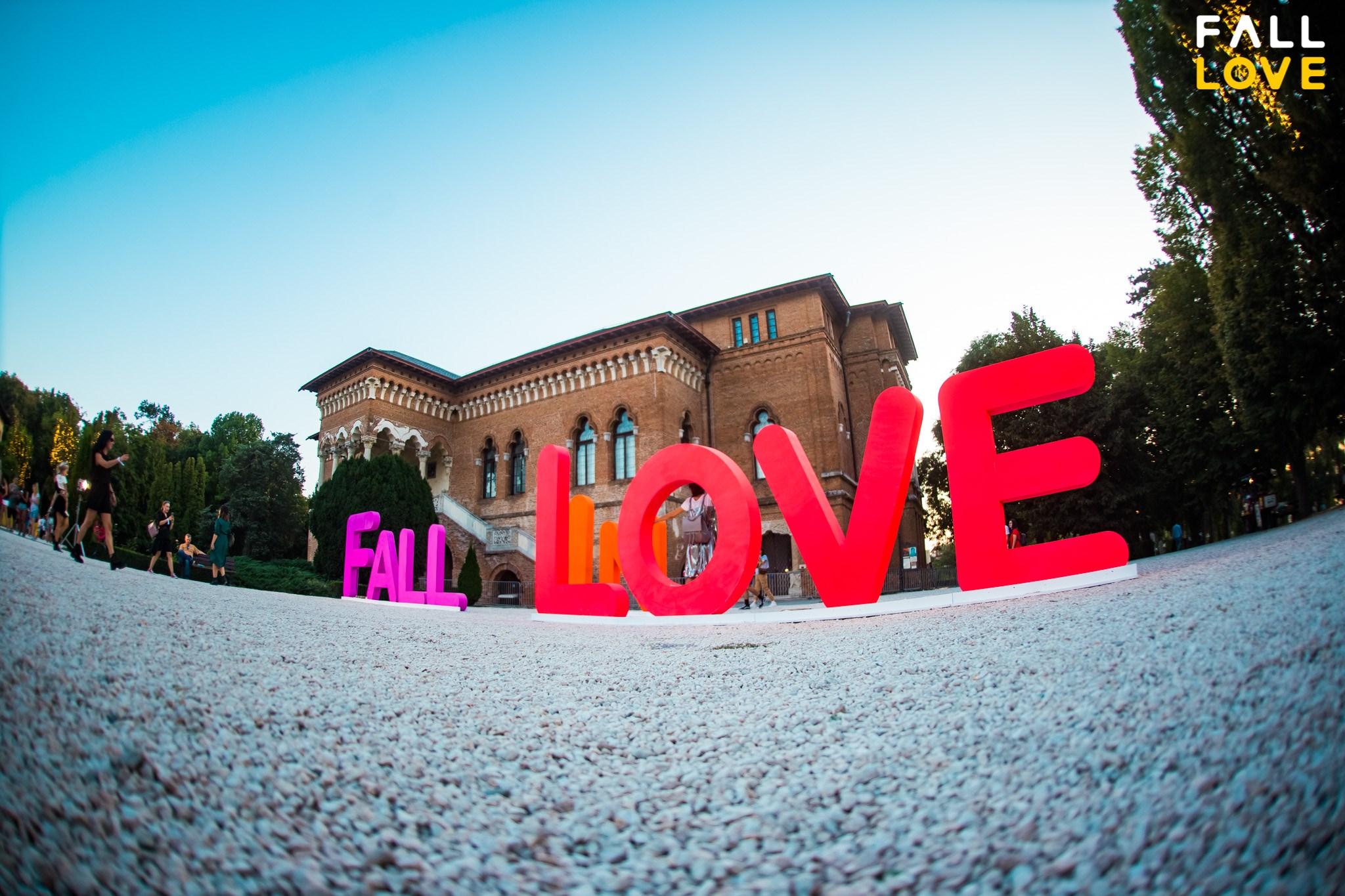 Fall-in-Love-Festival